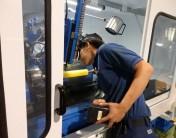 本社工場に湿式研磨機を導入
